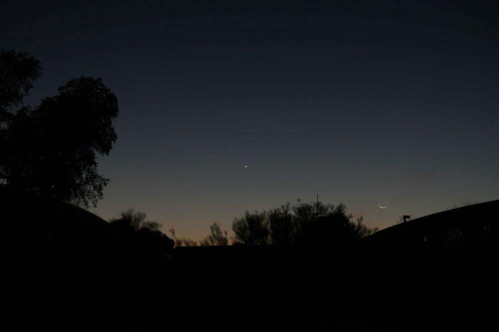 An Iridium Flare, Venus and the Moon « The Half
